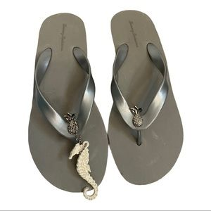 Tommy Bahama Silver/Grey Wedge Flip Flops 8.5
